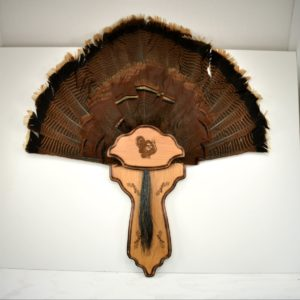 Classic style, two piece turkey plaque with leg slots.